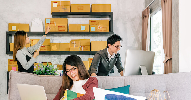 Why Storage Units Are Important For Online Retailers